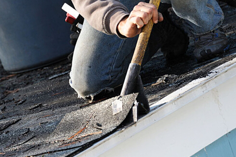 replace that old roof with a CertainTeed asphalt shingle roofing system
